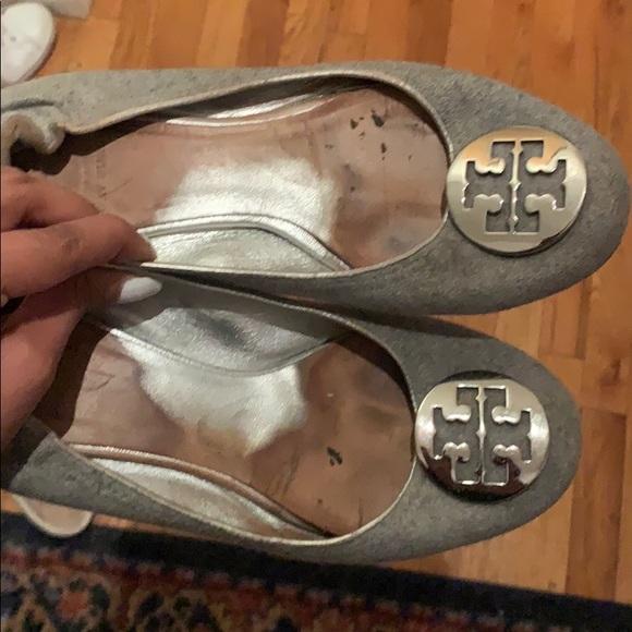 Tory Burch Shoes - Gray felt flats